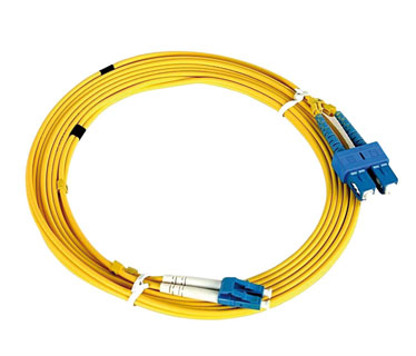 FIBER PATCH CORD, OS2 SINGLEMODE RISERDUPLEX ZIPCORD 1.6MM CABLE;1ST END WITH SC CONNECTOR, AND 2ND END LC/APC CONNECTOR;OVERALL CABLE LENGTH OF 20 METERS, A - B (STANDARD) POLARITY.